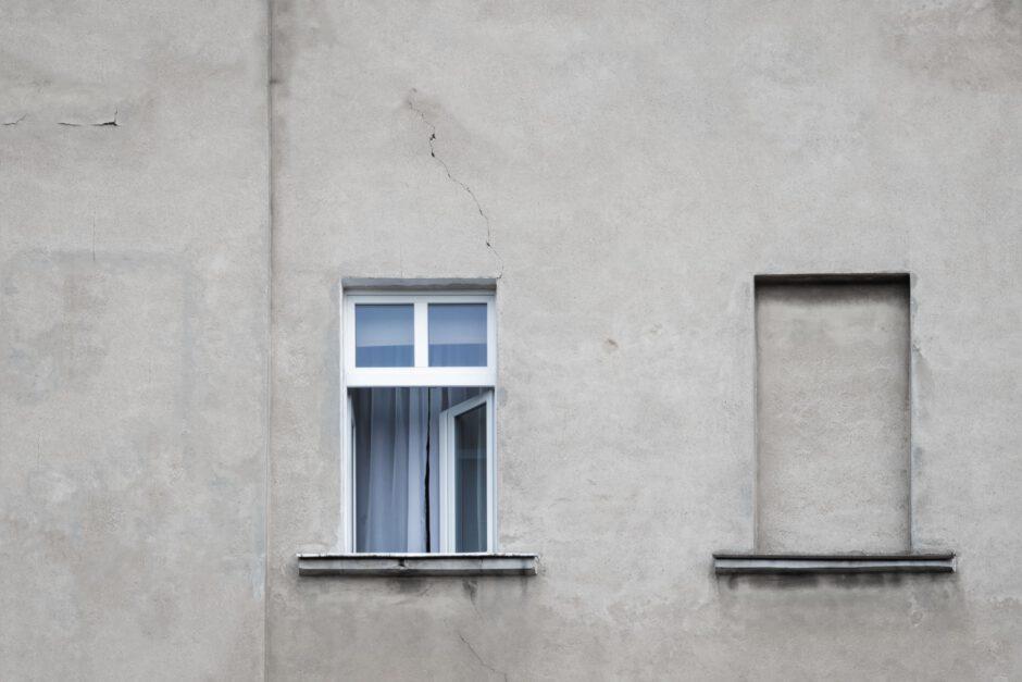 schade aan muur